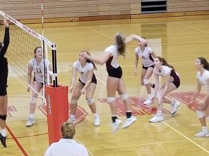 Turpin girls volleyball