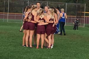 Varsity runners gather before the race at Ross